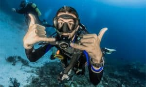 What's The Best dive watch under 1000? - Here're Top 17 No-fail watches for diving Adventures