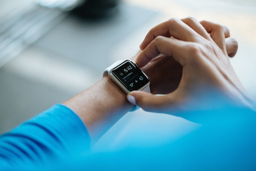 best smartwatch for nurses - how to change apple watch to military time
