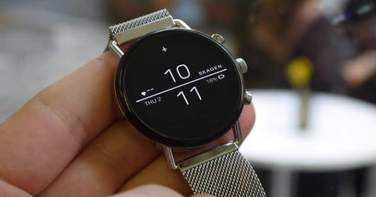 best slim watches with lightweight design - skagen slim watch