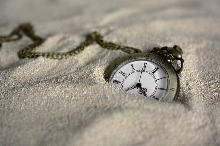 How to wear a pocket watch properly for any outfit