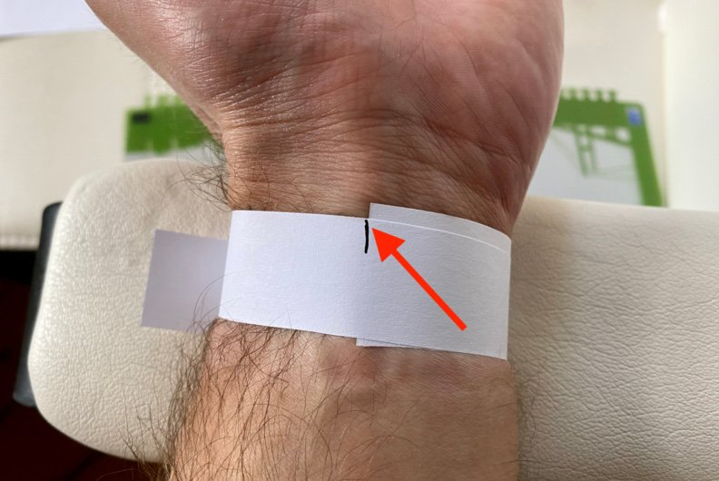 wrist measurement- how to measure your wrist without a measuring tap,